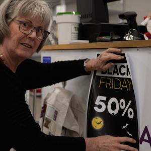 Genbrugsbutikker inviterer til forbrugsfest
