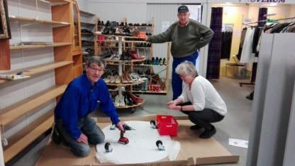 Ambitiøse frivillige gav genbrugsbutikken et makeover