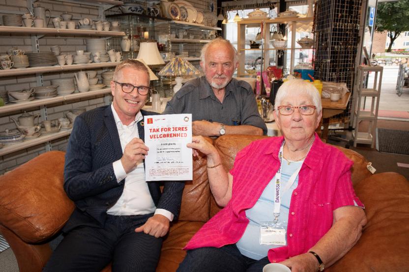 Udviklingsministeren sammen med Helge Langborg og Janne Garder
